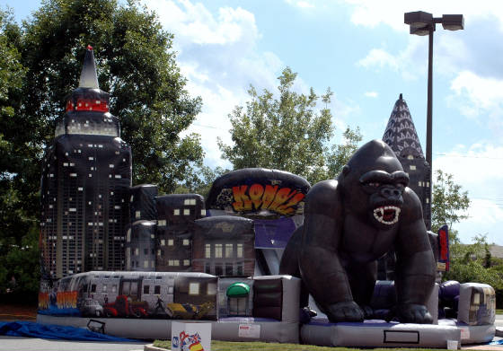 Chicago Obstalce Course Rentals - King Kong